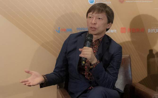 张朝阳:媒体发展进入社交网络模式 传播将走向账号化 个人化