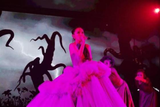 滨崎步产后首次巡演开幕 发言含深意令粉丝