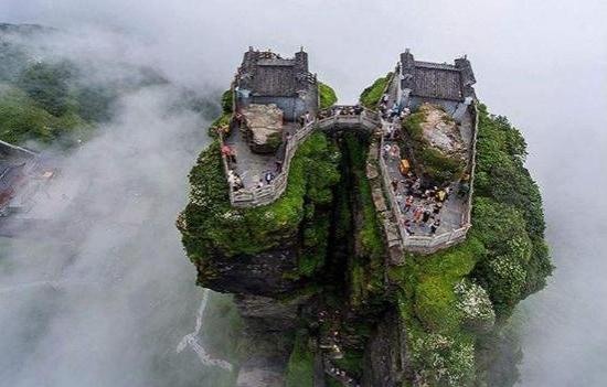"""中国号称""""最牛""""的寺庙,建在百丈高的悬崖上"""