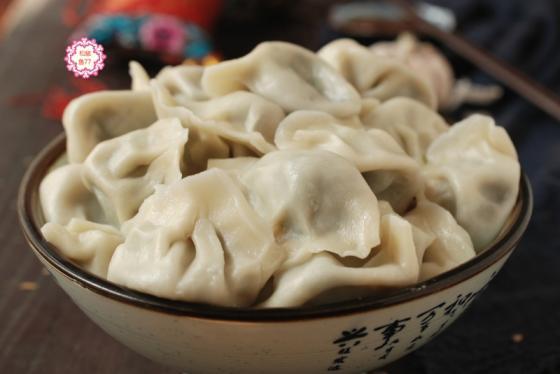 秋季多吃这蔬菜,包饺子一口一个太香了!