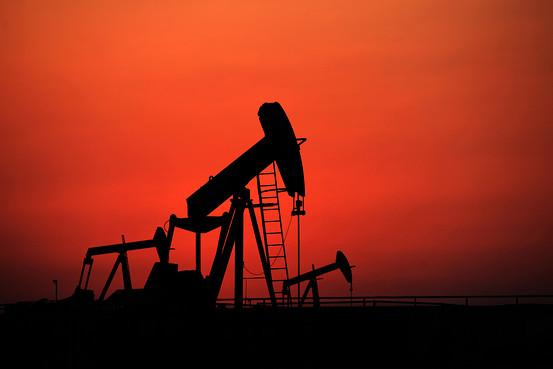 """""""石油价格战""""袭扰金融市场 全球股市集体"""