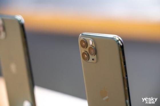 摩根大通发布投资研究报告 iPhone销量同比下滑10%